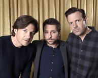 """Atores Jason Bateman (esquerda), Charlie Day (centro) e Jason Sudeikis (direita), do filme """"Quero Matar Meu Chefe 2"""", posam para foto em Beverly Hills, nos Estados Unidos. 10/11/2014 REUTERS/Kevork Djansezian"""