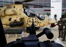 Вертолет Tiger на выставке в польском Кельце 2 сентября 2014 года. Польша готова начать переговоры с Украиной о продаже оружия, сказал в среду польский президент Бронислав Коморовский. REUTERS/Kacper Pempel