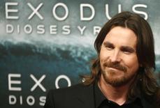 """Christian Bale posa para fotógrafos na première do filme """"Êxodo - Deuses e Reis"""" em Madri. 04/12/2014 REUTERS/Juan Medina"""