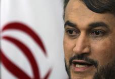 Vice-chanceler do Irã, Hossein Amir Abdollahian, durante coletiva de imprensa na embaixada iraniana no Cairo. 9/06/2014. REUTERS/Mohamed Abd El Ghany