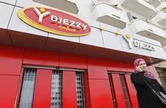 Салон Djezzy в Алжире. 2 апреля 2012 года. Телекоммуникационная компания Вымпелком сообщила о разрешении долгоиграющего спора с властями Алжира, закрыв сделку стоимостью $2,6 миллиарда, объявленную в апреле 2014 года. REUTERS/Louafi Larbi