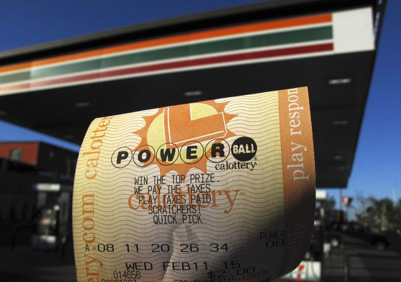 Winning tickets in $564 million Powerball bought at food