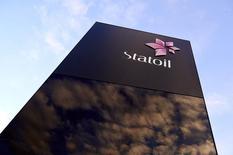 Statoil a présenté ses plans de développement du champ pétrolier Johan Sverdrup en mer du Nord, le projet énergétique offshore européen le plus coûteux à ce jour, dont la production devrait démarrer d'ici 2019 pour un investissement pouvant aller jusqu'à 29 milliards de dollars (25 milliards d'euros). /Photo d'archives/REUTERS/Kent Skibstad/NTB Scanpix