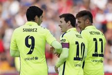Trio de ataque do Barcelona: Neymar, Messi e Suárez, durante partida contra o Granada.  28/02/2015   REUTERS/Marcelo del Pozo