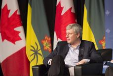 Canada's Prime Minister Stephen Harper speaks at the Saskatchewan Association of Rural Municipalities in Saskatoon, Saskatchewan March 12, 2015. REUTERS/David Stobbe