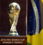 Troféu da Copa do Mundo.  11/06/2014   REUTERS/Paulo Whitaker