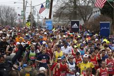 Corredores na largada da Maratona de Boston.  20/04/2015   REUTERS/Dominick Reuter