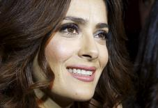 Atriz Salma Hayek concede entrevista à Reuters em Beirute. 27/04/2015.  REUTERS/Mohamed Azakir