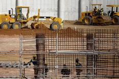 Construção de arena dos Jogos 2016 em Deodoro, no Rio de Janeiro. 02/04/2015 REUTERS/Ricardo Moraes