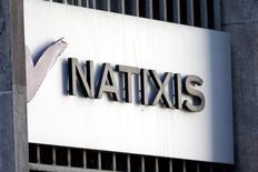 Natixis, filiale du groupe BPCE, a publié mercredi des résultats en hausse au titre du premier trimestre, tirés par la croissance des revenus dans toutes ses divisions. /Photo d'archives/REUTERS/Charles Platiau