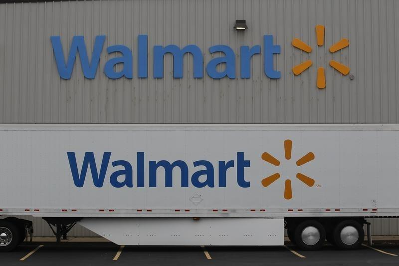 Wal Mart Eyes Amazon In Potentially Costly E Commerce Battle Reuters
