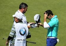 Golf - BMW PGA Championship - Virginia Water, Surrey, England - 21/5/15 Northern Ireland's Rory McIlroy looks dejected at the 18th green during the first round Action Images via Reuters / Paul Childs Livepic