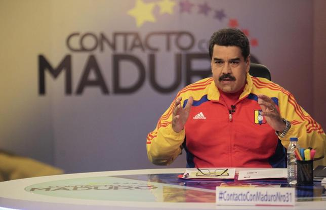 Venezuela's President Nicolas Maduro speaks during his weekly broadcast ''en contacto con Maduro'' (In contact with Maduro) at the Miraflores Palace in Caracas, in this June 2, 2015 handout picture provided by Miraflores Palace. REUTERS/Miraflores Palace/Handout via Reuters