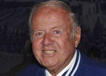 Actor Dick Van Patten attends a reception before the Hollywood Christmas Parade in Hollywood, in this file photo taken November 27, 2005. REUTERS/Phil McCarten/Files