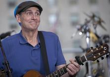 "Singer James Taylor performs on NBC's ""Today"" show in New York June 15, 2015. REUTERS/Brendan McDermid"