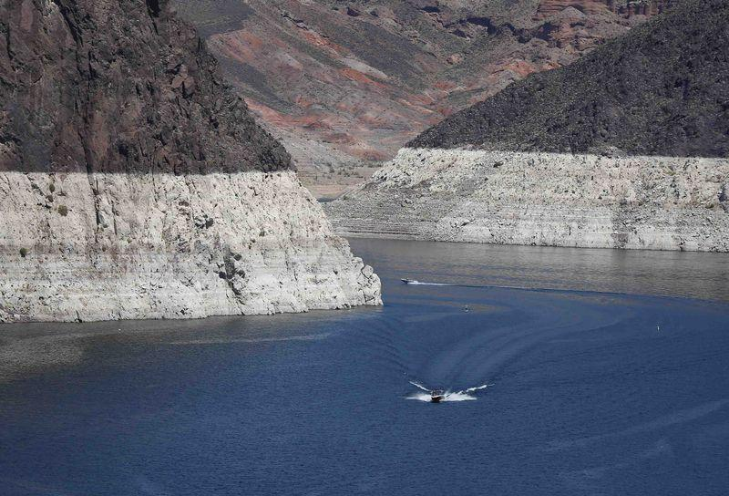 Water level in reservoir formed by Hoover Dam dips to record