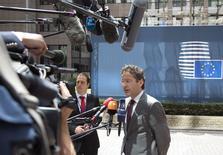 Le président de l'Eurogroupe, Jeroen Dijsselbloem. La zone euro a rejeté samedi la demande grecque d'une prolongation du plan d'aide dont bénéficie Athènes, signant la fin des discussions au risque d'ouvrir la voie à un défaut grec dès mardi et d'enclencher le processus inédit de la sortie d'un pays de l'union monétaire. /Photo prise le 27 juin 2015/REUTERS/Yves Herman