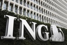 The logo of ING bank is seen at the entrance of the group's main office in Brussels November 6, 2013. REUTERS/Francois Lenoir