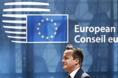 British Prime Minister David Cameronarrives at the European Union (EU) Council headquarters at the start of an EU leaders summit in Brussels, Belgium, June 25, 2015.    REUTERS/Darren Staples