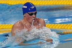 Adam Peaty of Britain swims in the men's 50m breaststroke final at the Aquatics World Championships in Kazan, Russia August 4, 2015.    REUTERS/Michael Dalder