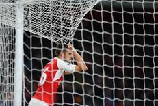 Aaron Ramsy, do Arsenal, durante jogo contra o Liverpool, no Emirates Stadium, nesta segunda-feira. 24/08/2015 REUTERS/Action Images/Tony O'Brien/Livepic
