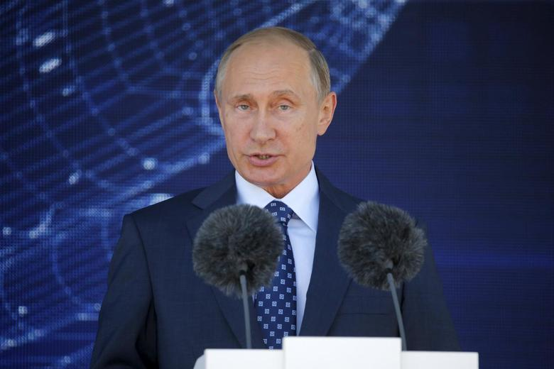 Russian President Vladimir Putin delivers a speech during an opening ceremony of the MAKS International Aviation and Space Salon in Zhukovsky, outside Moscow, Russia, August 25, 2015. REUTERS/Maxim Shemetov