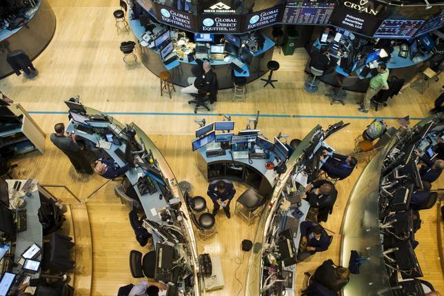 米国株式市場は大幅続落、弱い中国指標で世界経済懸念強まる