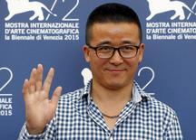 """Diretor Zhao Liang em sessão de fotos do filme """"Bei Xi Mo Shuo"""" (Behemoth) no Festival de Veneza. 11/09/2015 REUTERS/Stefano Rellandini"""