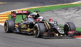 Lotus Formula One driver Romain Grosjean of France steers his car during the Belgian F1 Grand Prix in Spa-Francorchamps, Belgium, August 23, 2015. REUTERS/Michael Kooren