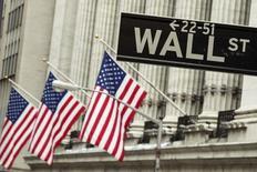 En mode de correction depuis plusieurs semaines, la Bourse américaine risque de ne pas réagir beaucoup à la décision monétaire de la Réserve fédérale attendue jeudi, même si la banque centrale relève ses taux directeurs pour la première fois depuis 2006. Une enquête Reuters auprès des économistes chiffre à 50% la probabilité d'un tour de vis. /Photo prise le 1er septembre 2015/REUTERS/Lucas Jackson