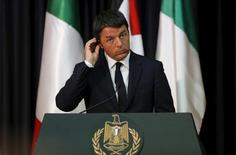 Premiê italiano Matteo Renzi concede entrevista na Cisjordânia.  22/7/2015. REUTERS/Ammar Awad