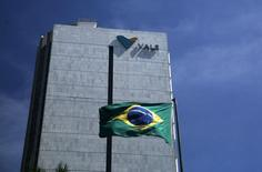 El edificio de Vale, en el centro de Río de Janeiro, 15 de diciembre de 2014. La minera brasileña Vale dijo que recortará sus costos de producción de mineral de hierro a menos de 13 dólares por tonelada para el 2018, en momentos en que el mayor productor mundial de la materia prima maximiza los márgenes de ganancias en una época de bajos precios. REUTERS/Pilar Olivares