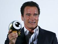 Ator Arnold Schwarzenegger recebe prêmio Golden Icon em Zurique, Suíça. 30/9/2015 REUTERS/Arnd Wiegmann