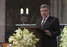Alain Vidalies speaks during a memorial service for the 150 victims of Germanwings flight 4U 9525 in Cologne's Cathedral, April 17, 2015.    REUTERS/Oliver Berg/Pool