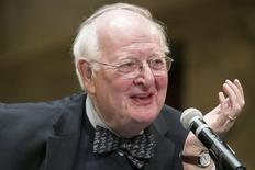 British-born economist Angus Deaton of Princeton University answers questions in a news conference after winning the 2015 economics Nobel Prize on the Princeton University campus in Princeton, New Jersey October 12, 2015.  REUTERS/Dominick Reuter