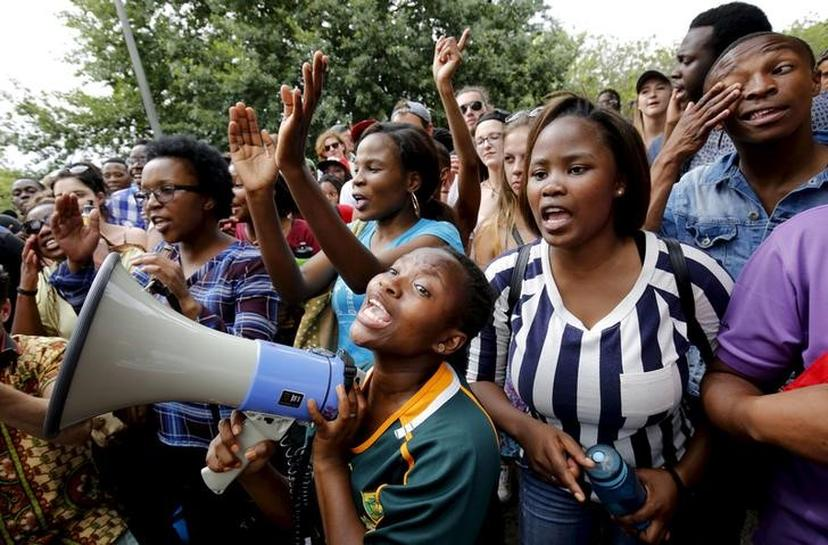 south african power groups essay - south africa the republic of south africa is located on the southern tip of the continent of africa it is slightly less than twice the size of texas, about 1,223,201 square kilometers namibia, botswana, zimbabwe, mozambique and swaziland run from west to east along south africa's northern border.