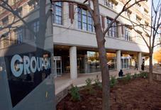 Imagen de archivo de la casa matriz de Groupon en Chicago, nov 4, 2011. Hace cuatro años exactos, la oferta pública inicial de Groupon Inc fue tasada en 20 dólares por acción, valorando a la compañía en 13.000 millones de dólares.   REUTERS/Frank Polich