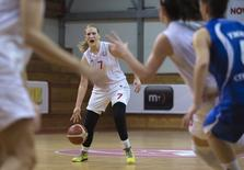 Natasa Kovacevic (C) of Red Star Belgrade in action during the Serbian women's basketball league game against Student Nis in Belgrade, Serbia, November 11, 2015. REUTERS/Marko Djurica