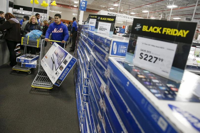 U S  store sales down slightly for Thanksgiving and Black