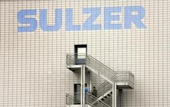 Здание компании Sulzer AG в Винтертур 24 июня 2009 года. Антимонопольные ведомства США, России, Германии и ЮАР одобрили приобретение швейцарской промышленной компании Sulzer российским инвестором Виктором Вексельбергом, сообщила инвестиционная структура бизнесмена Ренова. REUTERS /Arnd Wiegmann