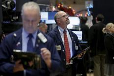 Traders work on the floor of the New York Stock Exchange December 1, 2015. REUTERS/Brendan McDermid