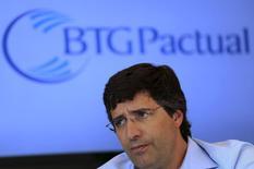 Banqueiro André Esteves, que deixou o controle do BTG Pactual após ser preso pela PF. 22/07/2014 REUTERS/Nacho Doce