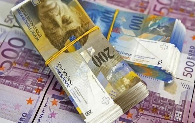 スイス、2016年に34億フランの債務削減目指す