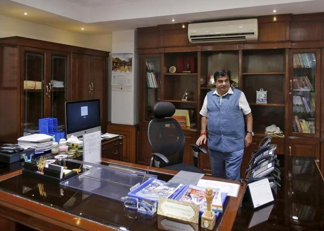 India's Transport and Shipping Minister Nitin Gadkari is pictured in his office in New Delhi, India, August 26, 2015. REUTERS/Anindito Mukherjee/Files