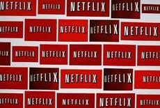 El logo de Netflix en Encinitas, California. La expansión global de Netflix Inc tiene previsto llegar a la India, un enorme mercado cinematográfico donde la conexión rápida a Internet se está expandiendo a un ritmo veloz entre una vasta población acostumbrada a pagar centavos por la última película de Bollywood, dijeron ejecutivos de la industria. REUTERS/Mike Blake/Files