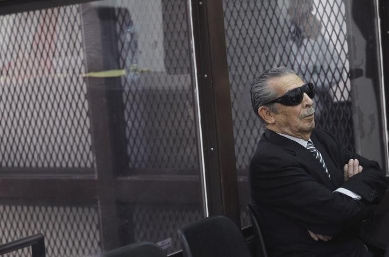 Former Guatemalan dictator Efrain Rios Montt attends a hearing at the Supreme Court of Justice in Guatemala City, November 19, 2013.   REUTERS/Jorge Dan Lopez