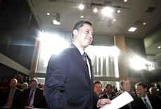 Brad Duguid gets up to speak in Toronto January 21, 2010. REUTERS/Mark Blinch