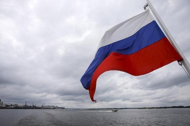 1月25日、ロシア連邦統計局は25日、2015年のロシア経済は3.7%のマイナス成長だったことを明らかにした。写真はロシアのニジニ・ノヴゴロドで昨年7月撮影(2016年 ロイター/Maxim Shemetov)