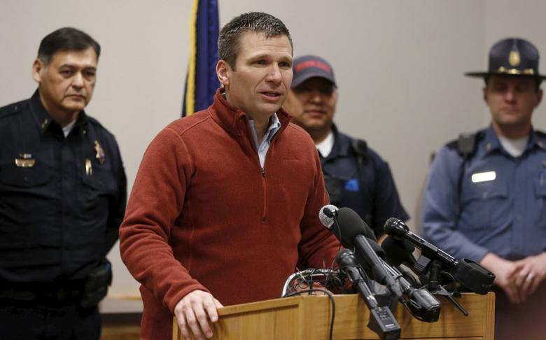 FBI Special Agent in Charge Greg Bretzing speaks to the media during a news conference in Burns, Oregon February 11, 2016. REUTERS/Jim Urquhart