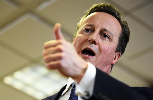 2月19日、EUのトゥスク大統領は、加盟国首脳が英国の残留を全会一致で支持したことを明らかにした。写真はキャメロン英首相。ブリュッセルで同日撮影(2016年 ロイター/Dylan Martinez)